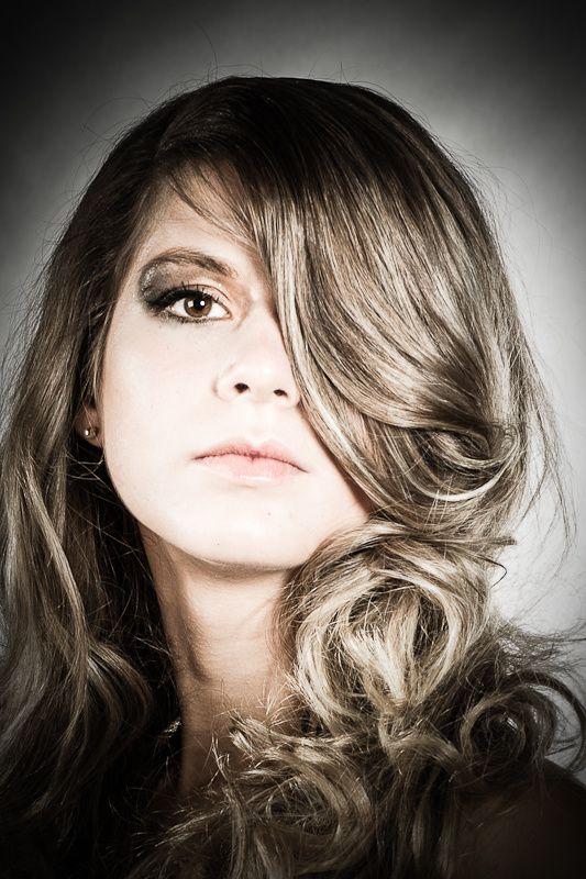 Jenna-visage-vignette-extreme.jpg