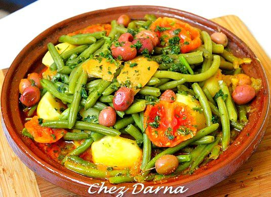 tajine de poulet aux pomme de terre et haricots verts darna. Black Bedroom Furniture Sets. Home Design Ideas