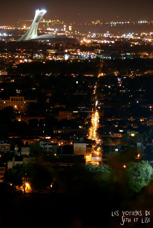 blog pvt canada montreal quebec couple voyage tour du monde mont royal stade nuit panorama rue light