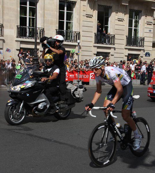 Bravo-a-France-Television-et-a-leur-cameramen.jpg