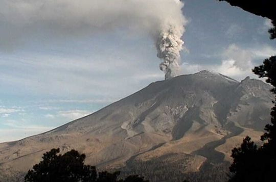 Popocatepetl 12 05 2012