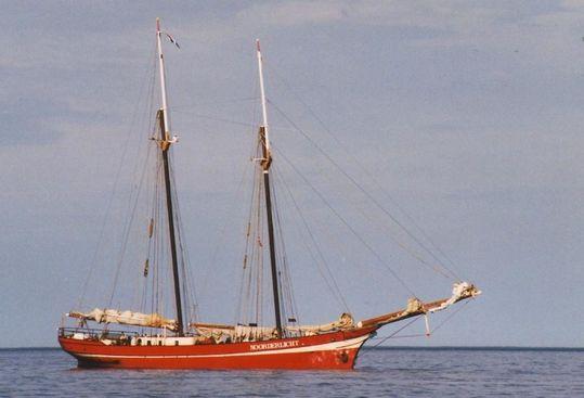 Vue-tribord-du-navire-copie-reduite.jpg
