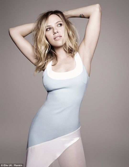scarlett-johansson-sexy-hot-2013.jpg