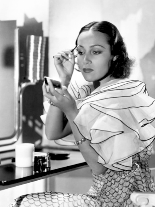 dolores-del-rio-1930s-maquillage.png