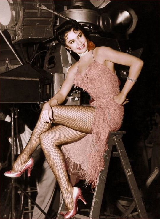 Cyd Charisse 4
