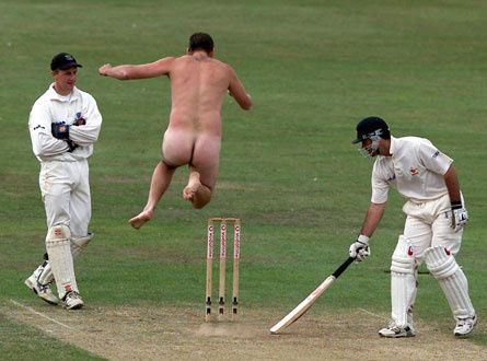 100279-streakers-039-finest-moments.jpg