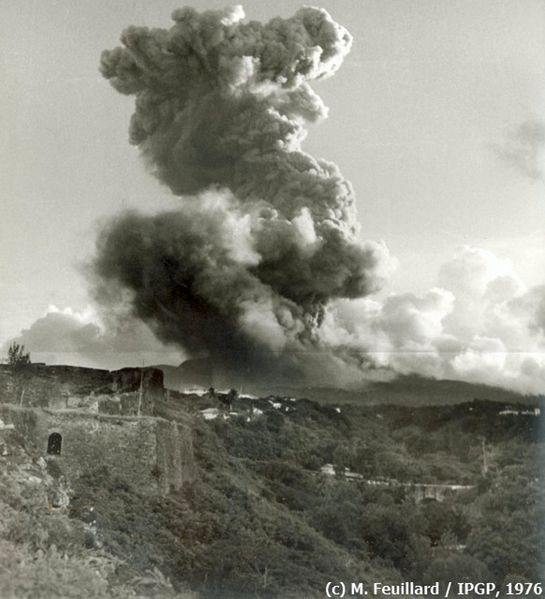 1976-09-22 MF eruption-1