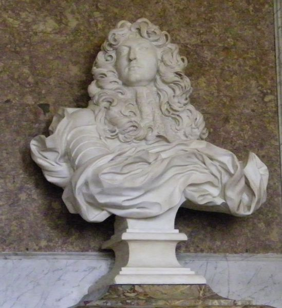 248 Louis XIV bust by Bernini, Diana Drawing Room, Versaill