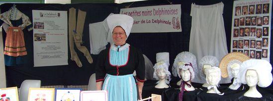 Coiffes et costumes du Dauphiné