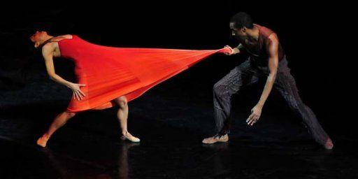 BalletBejart3.jpg