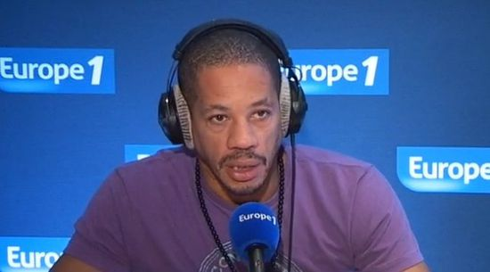 http://img.over-blog.com/550x305/2/48/64/38/news-people/joey-starr-europe1.jpg