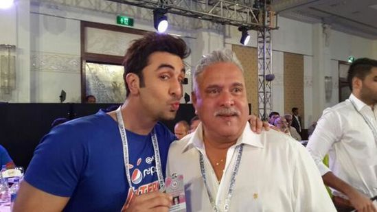 Ranbir-Kapoor-an-intern-at-the-IPL-auctions-4.jpg