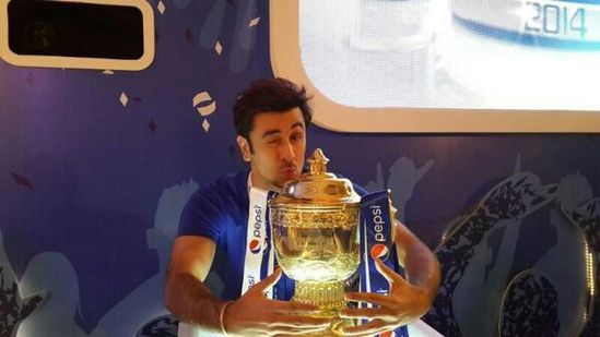 Ranbir-Kapoor-an-intern-at-the-IPL-auctions.jpg