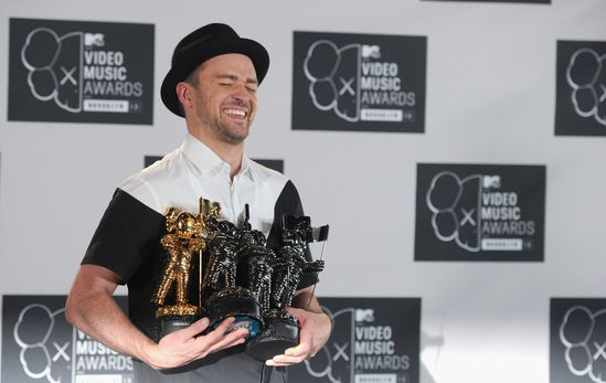 Justin-Timberlake-2013-MTV-Video-Music-Awards-tLwpomd9I8Cx.jpg