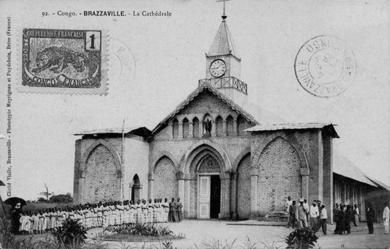 cathedrale-brazza-tours-inachevées-1904