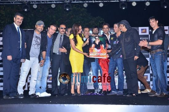 Saif--Sonakshi-and-Jimmy-Shergill-unveil-The-Legend-Of-Bull.jpg