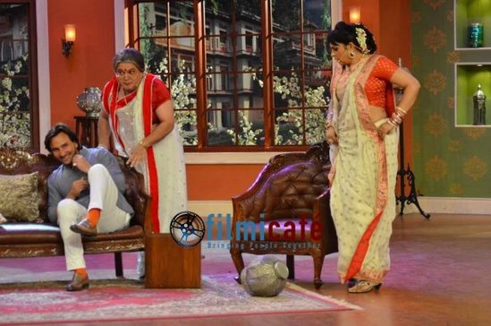 Saif-Ali-Khan-on-Comedy-Nights-with-Kapil-3.jpg