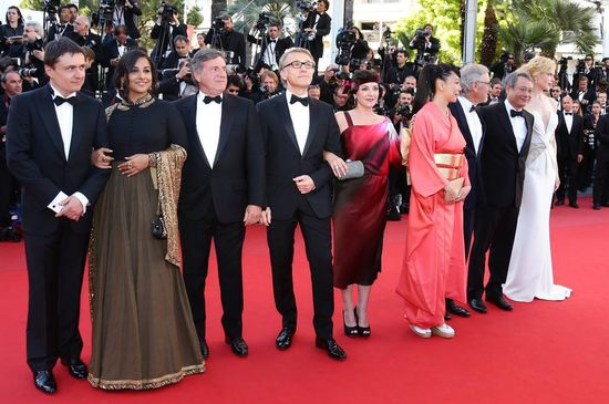 Vidya-Balan-at-the-Cannes-2013-closing-ceremony-8.jpg