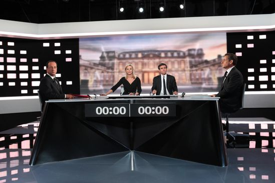 2012LEDEBAT preview 2300