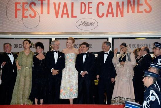 Vidya-Balan-at-The-Great-Gatsby-Premiere-at-Cannes-copie-2.jpg