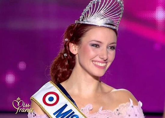 http://img.over-blog.com/550x393/2/48/64/38/news-people/dossier/delphine-miss-france-maud.jpg