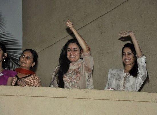 Shraddha-Kapoor-celebrates-Ganapati.jpg