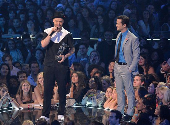 Justin-Timberlake-2013-MTV-Video-Music-Awards-rh0--5g9Q5tx.jpg