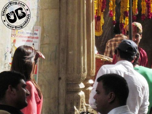 Ranbir-and-Deepika-on-the-sets-of-Yeh-Jawani-Hai-Dewaani-3.jpg