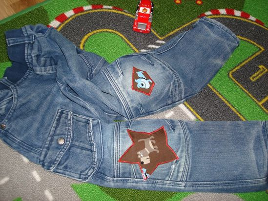 DIY seconde vie d'un jean troué enfant custom