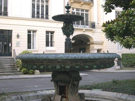 Square d'Orléans 13