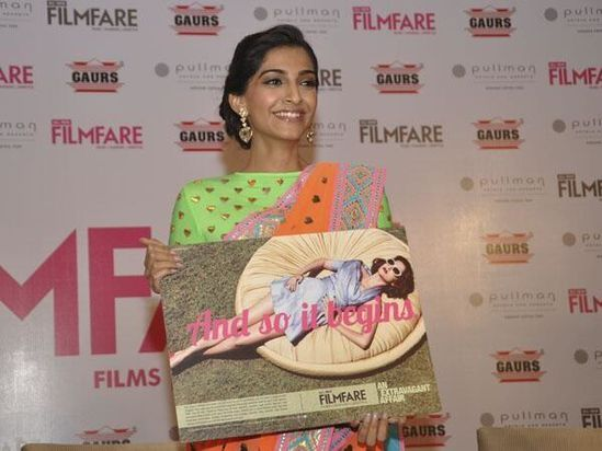 Sonam-Kapoor-unveils-the-All-New-Filmfare-3.jpg