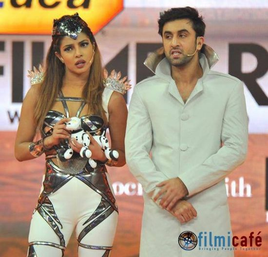 59th-Idea-Filmfare-Awards-Inside.jpg