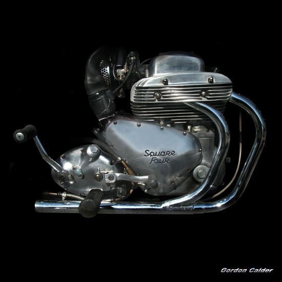 ARIEL SQUARE FOUR MOTORCYCLE ENGINE