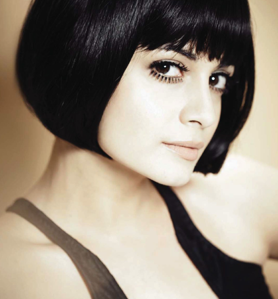 Dia-mirza-for-hello--India-may-2013-1-copie-1.png