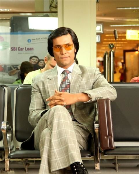 Randeep-Hooda-as-Charles-Sobhraj.jpg