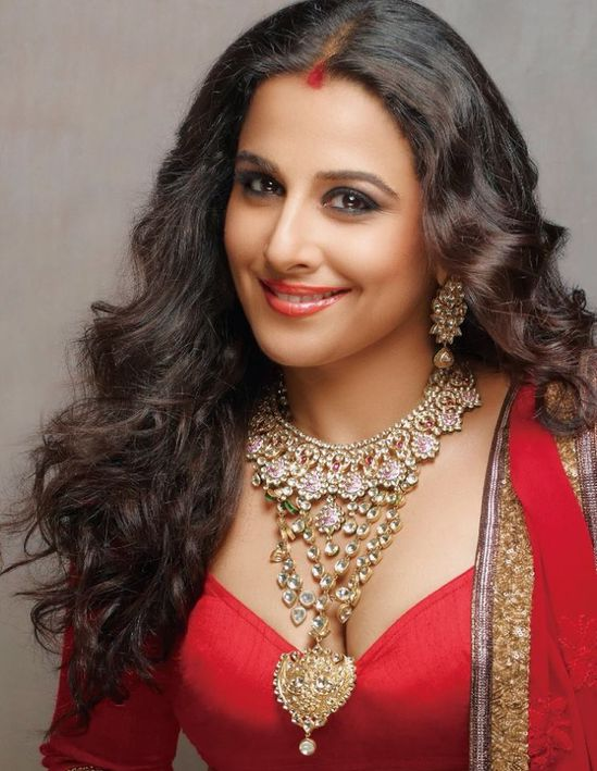 Vidya-Balan-s-photoshoot-from-Hi--Blitz-October-2013-5.jpg