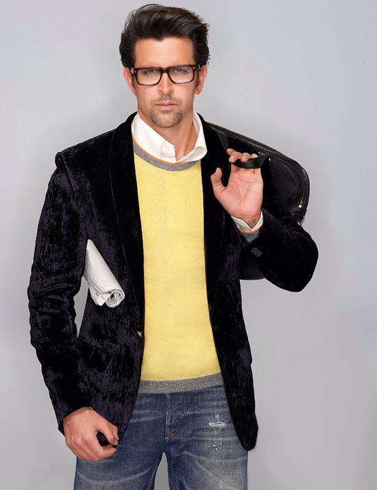Hrithik-Roshan-covers-Hi--Blitz-November-6.png