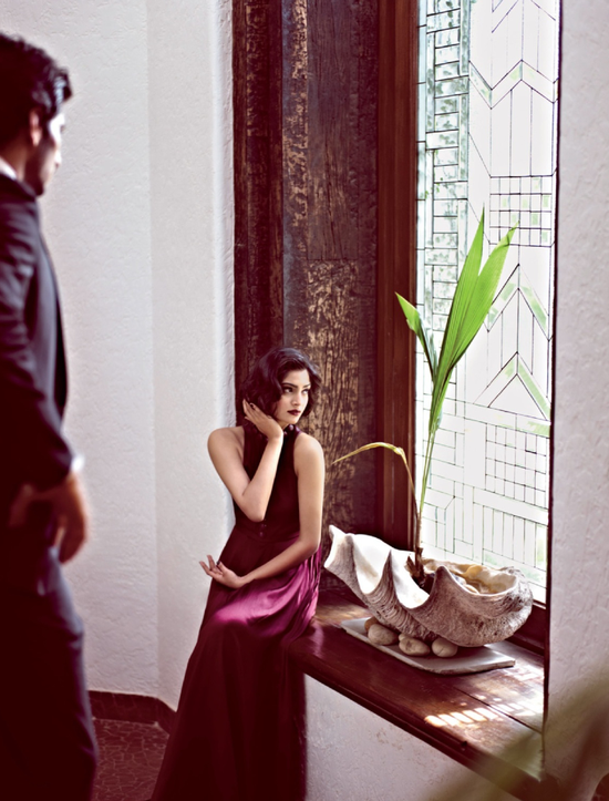 Sonam-Kapoor-for-filmfare-magazine-june-2013-4.png