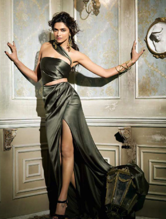 Deepika-Padukone-for-vogue-sept-2013-7.png