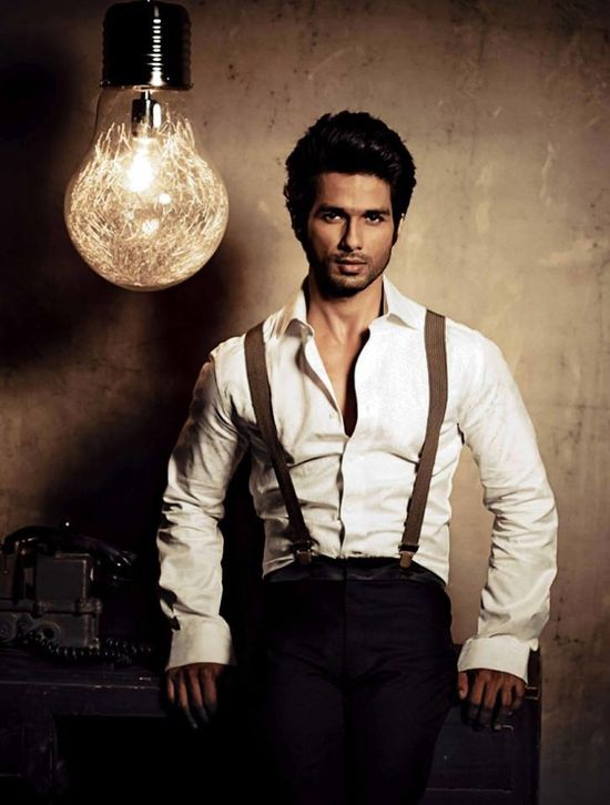 Shahid-for-stardust-india-oct-2013-2.jpg
