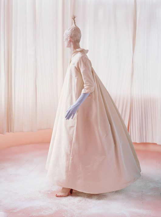 Tilda SWINTON... par Tim WALKER... W Mag. mai 2013 05