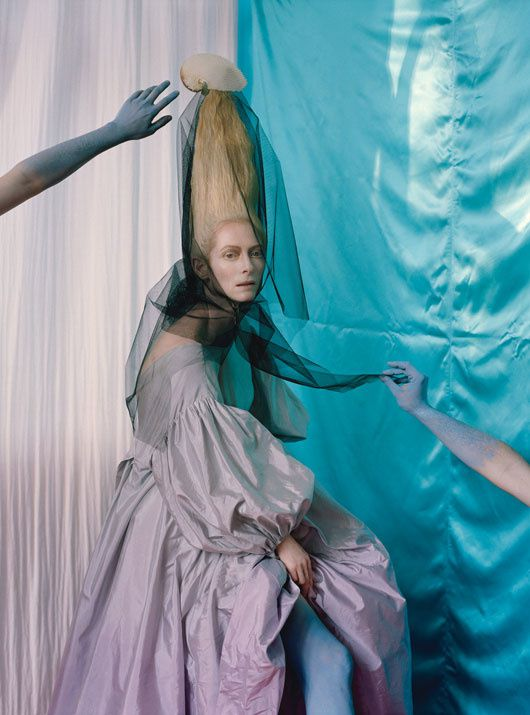 Tilda SWINTON... par Tim WALKER... W Mag. mai 2013 06