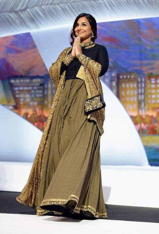 Vidya-Balan-at-the-Cannes-2013-closing-ceremony-16.jpg