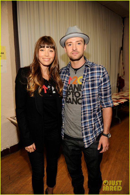 justin-timberlake-jessica-biel-stand-up-to-cancer-couple-03.jpg