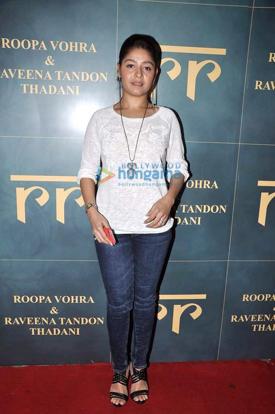Launch-of-Raveena-Tandon---Roopa-Vora-s-store-RR-7.jpg