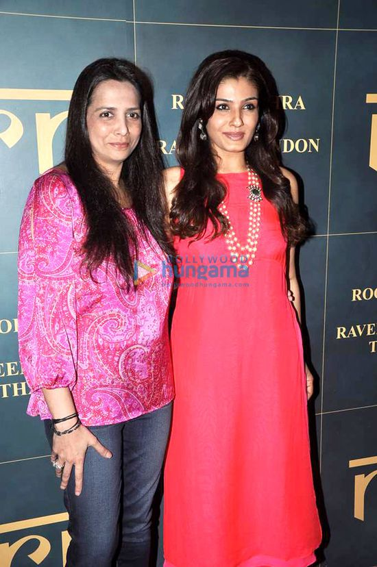 Launch-of-Raveena-Tandon---Roopa-Vora-s-store-RR.jpg