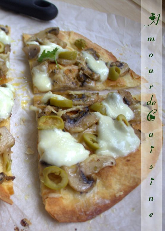 pizza-de-tortilla-aux-champignons-005.CR2.jpg