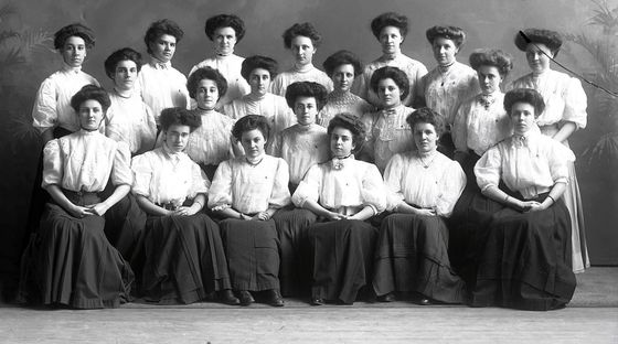 Sorority-Alpha-Chi-Omega--1908.jpg