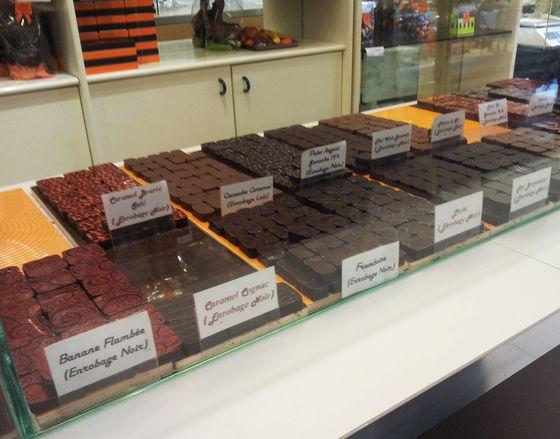 lepinay_vitrine_chocolats.jpg