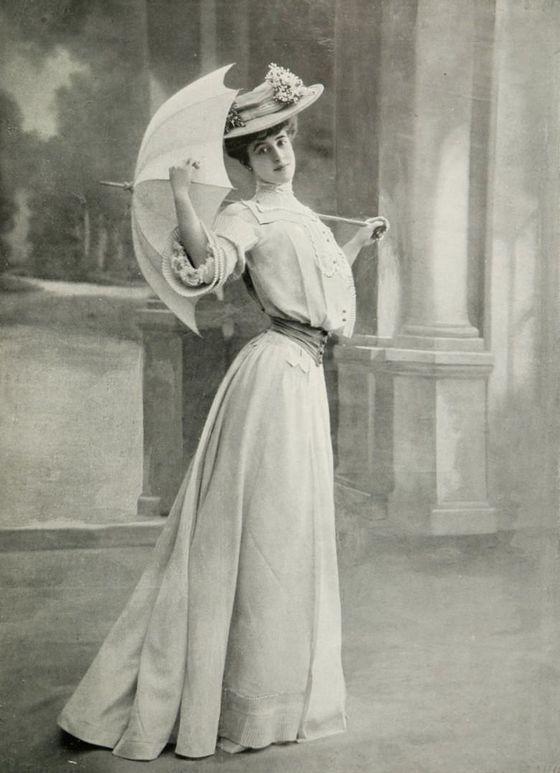 Robe-du-matin-Martial-et-Armand---mai-1904---les-modes.jpg
